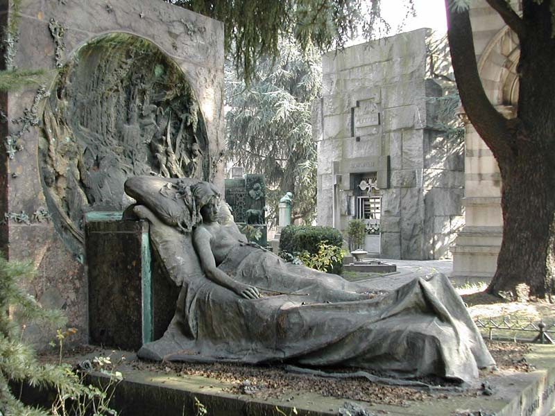 Torino, si indaga su servizi cimiteriali: 10 indagati