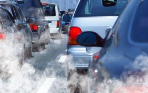 Allarme smog a Torino, da mercoledì potrebbe scattare lo stop anche ai diesel Euro 5