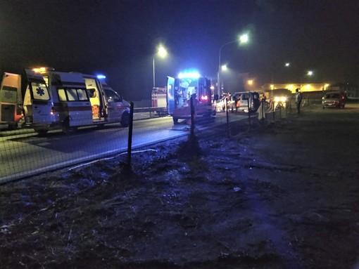Auto fuori strada nella notte a Rivarolo, ma il conducente era a casa a dormire