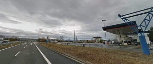 Due auto ribaltate sulla Torino-Savona: tre feriti