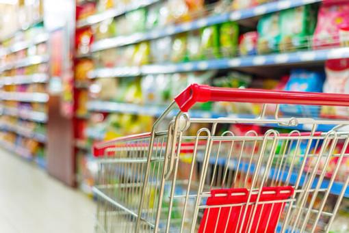 Coronavirus, supermercati chiusi la domenica ed in settimana aperti fino alle 19: la Filcams scrive a Cirio ed Appendino