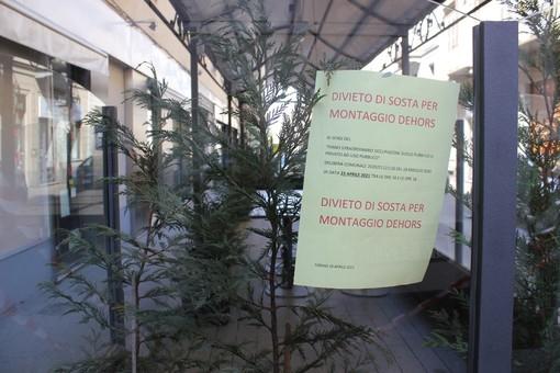 I dehors di Torino in strada