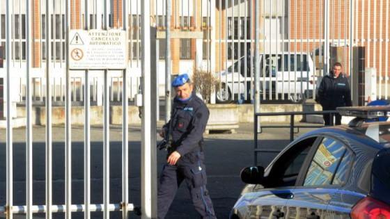 Carceri, detenuto distrugge cella a Palmi: la denuncia del Sappe