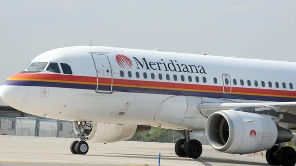 Paura sul volo Meridiana Torino-Olbia, avaria al motore