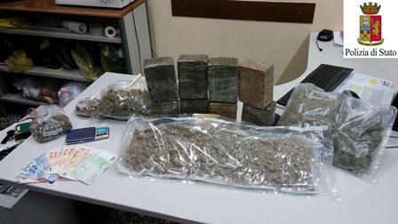 6 kg di marijuana al mese da Italia a Gb