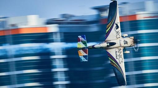 Red Bull Air Race sbarca in Francia! A Cannes grande festa con acrobazie aeree