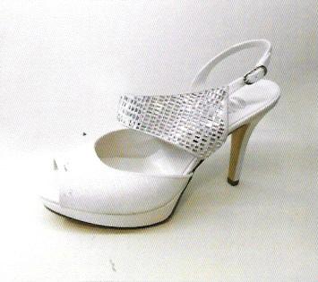 Scarpe Da Sposa Torino E Provincia.Solo A Torino Le Scarpe Da Sposa Perfettamente Abbinate All Abito
