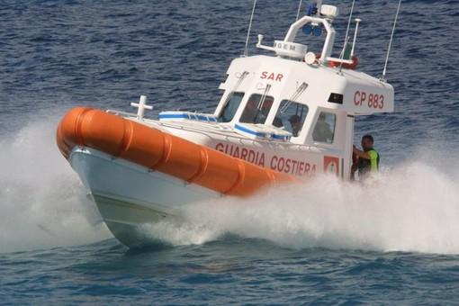 Cadavere in mare nel Savonese: è un 24enne marocchino residente a Torino