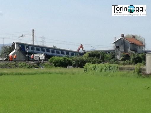 Incidente di Caluso: rimossi i vagoni del treno