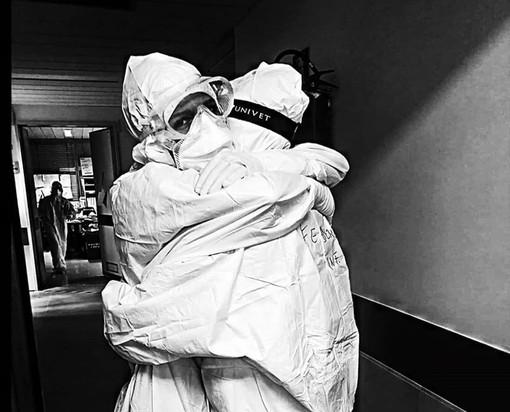 """""""La mia giornata sul fronte del Covid"""": un infermiere del Mauriziano racconta la vita tra i letti di terapia intensiva"""