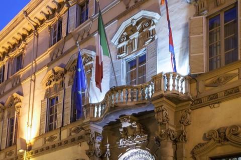 Palazzo Lascaris, bandiere