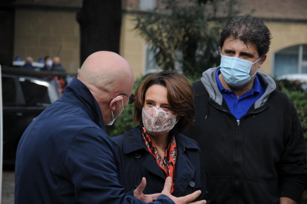 Il ministro Elena Bonetti in visita alla Piccola Casa di Torino - Torino  Oggi