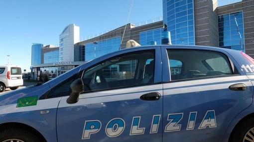 Levaldigi tenta di entrare in italia usufruendo del volo for Polizia soggiorno