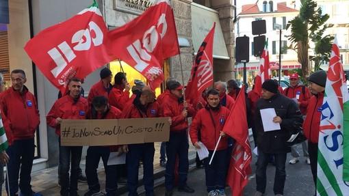 Sciopero telecomunicazioni, lavoratori in corteo sotto Confindustria