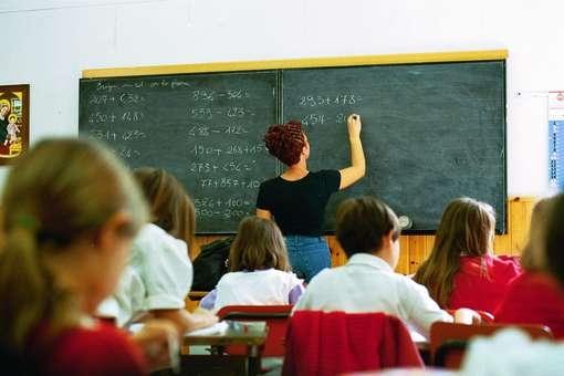 """Trappola-pensioni per le nostre scuole: """"Accelerare i tempi per nuove assunzioni di docenti e operatori"""""""