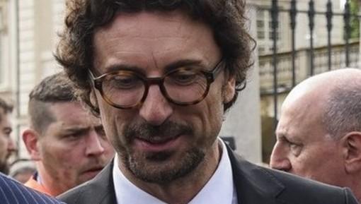 Lunedì Toninelli incontra il ministro dei Trasporti francese Elisabeth Borne