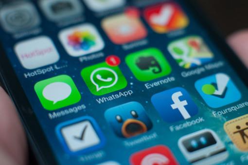Whatsapp, Facebook e Instagram in down a Torino e in Italia: disservizi sui principali social network