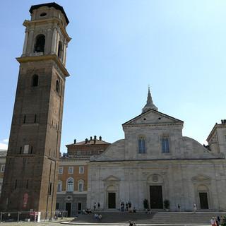 Orgoglio cittadino o monumento da ignorare: il Duomo di Torino fa discutere da sempre. A voi piace?