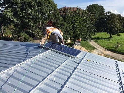 Impianto fotovoltaico: quanto costa e quanto permette di risparmiare?