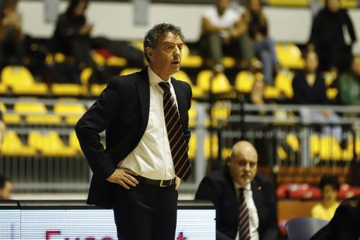 """Fixi, coach Riga: """"Paghiamo gli errori ai tiri liberi, le palle perse, i rimbalzi e l'assenza di una pivot di spessore"""""""