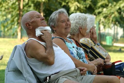 A Torino arriva il gran caldo: attivo il call center servizio aiuto anziani