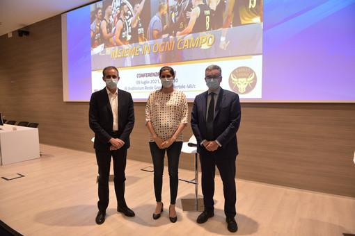 David Avino, Chiara Appendino e Luca Filippone - Uff. Stampa Reale Mutua Basket Torino
