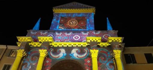 """""""Chieri in luce"""", il video mapping accende la Chiesa dei Santi Bernardino e Rocco"""
