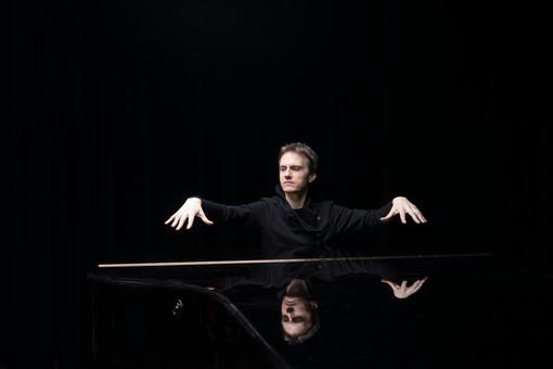 Il pianista Tharaud per la prima volta a Torino per l'Unione Musicale