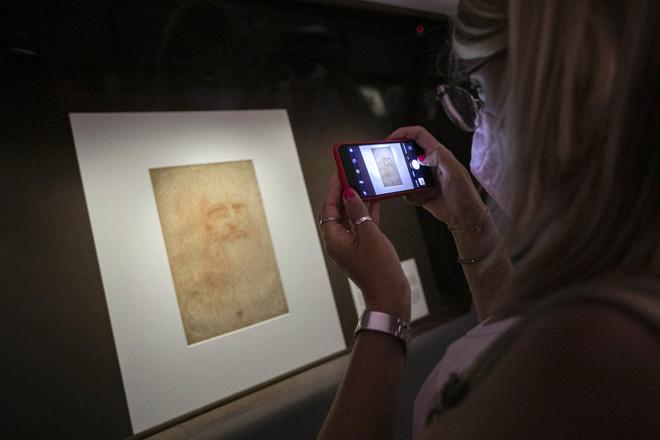 L'Autoritratto di Leonardo torna a mostrarsi (più a lungo) nella Biblioteca Reale di Torino