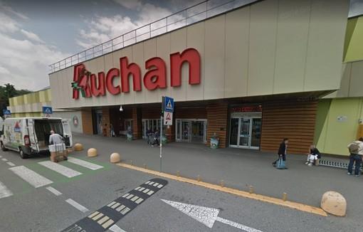 Ultimo giorno di Auchan Rivoli, in attesa del subentro di Conad