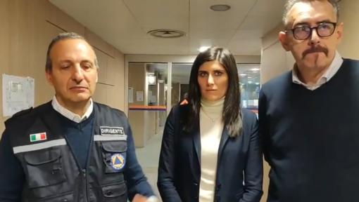 """Bomba di via Nizza, Appendino: """"Le operazioni procedono, un po' di ritardo perché sono state trovate ancora alcune persone in zona Rossa"""""""