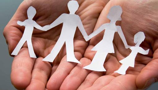 Gli assistenti sociali piemontesi chiedono che i Genitori siano messi al centro delle politiche sociali