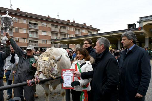 """Dal 12 al 15 dicembre torna la """"Fiera Nazionale del Bue Grasso"""" di Carrù"""