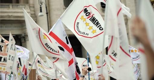 """5 Stelle in piazza a Torino contro Mattarella, Appendino:""""Paese ha bisogno di cambiamento"""""""