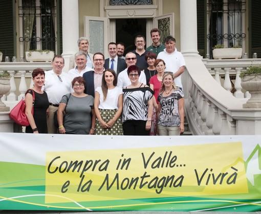 """""""Compra in Valle… e la montagna vivrà"""", parte da Lanzo la nuova campagna per il commercio dei piccoli comuni"""