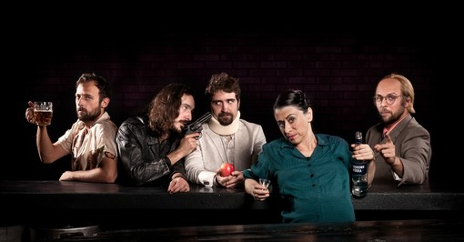 Se le anime alla deriva si ritrovano al bancone del bar: nuova tappa della Carrozzeria Orfeo al Gobetti