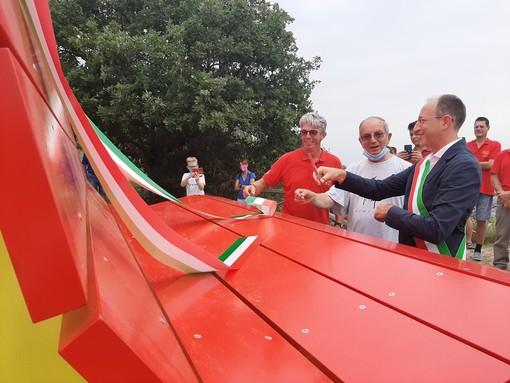 Inaugurazione panchina gigante Rocca di Cavour