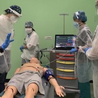 Oltre 700 studenti di medicina coinvolti nei tirocini del centro di simulazione del polo di Torino