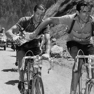Giornata della Memoria: a Settimo biciclettata e teatro in memoria di Gino Bartali