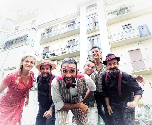 A Vanchiglia riapre Casa Fools: stasera via Bava pedonalizzata per ospitare poesia e musica