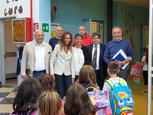 """Edilizia scolastica di emergenza, Chiorino: """"Vogliamo garantire la più elevata efficienza dei servizi per l'istruzione. I ragazzi rappresentano il nostro futuro"""""""
