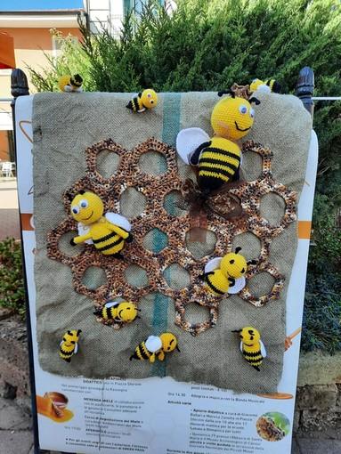 Cavour diventa la grande casa delle api