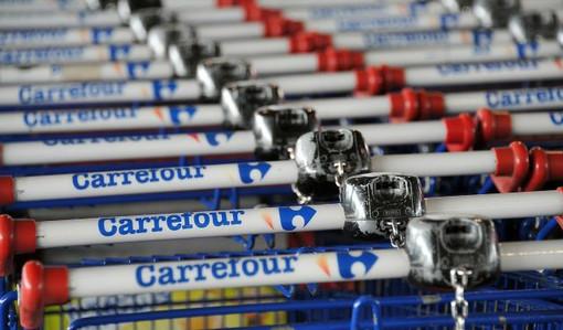 """Volantino unitario dei sindacati sulla questione del Carrefour di via Tripoli: """"Ancora nessuna risposta dall'azienda"""""""