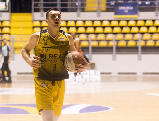 La Reale Mutua Basket Torino si impone sulla capolista Tortona