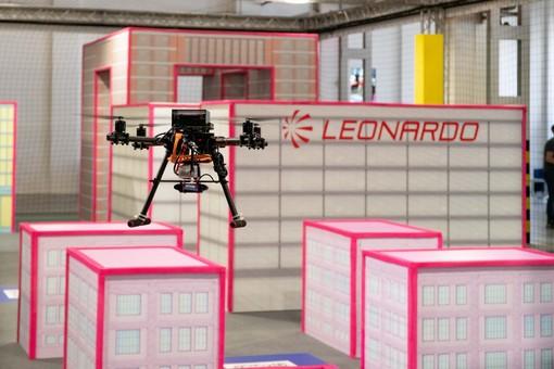 Leonardo drone contest: la sfida tra le 6 università non premia Torino. Vincono i ragazzi del Politecnico di Milano