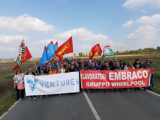 Ex Embraco, un anno di cassa integrazione ai lavoratori