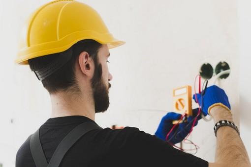 Elettricista Torino Alfi Service per il vostri guasti elettrici