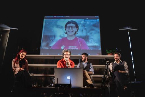 Il teatro italiano dall'essenziale all'universale: così Torino e Tokyo ora parlano la stessa lingua (a gesti)