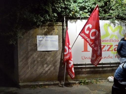 Caseificio Pezzana di Frossasco: «Il contratto non si cambia», ma la trattativa è aperta