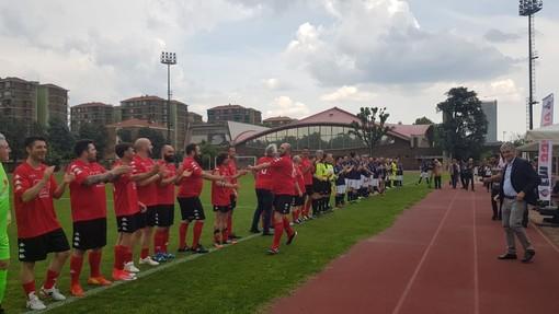 Chef in campo a Torino contro il cancro, vincono i blu con i goal di Ricatto e Yari